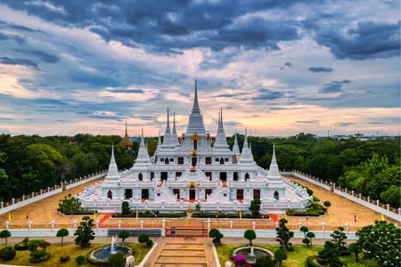 Temple Wat Asokaram