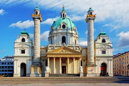 Kostol Karlskirche vo Viedni