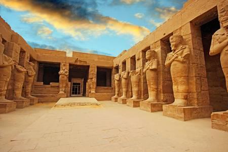 Hram u Luksoru