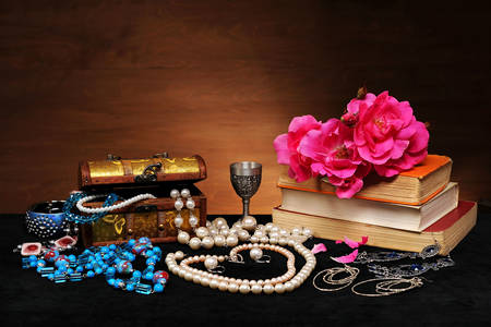 Decorations, roses and books on the table