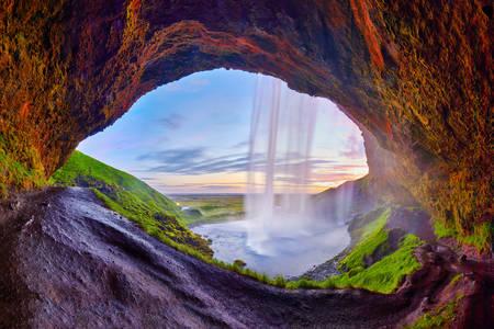 Uitzicht op de waterval