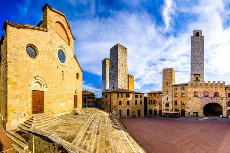 Square in San Gimignano
