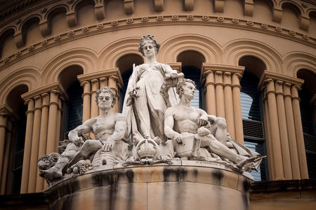 Sculptures outside the Queen Victoria building