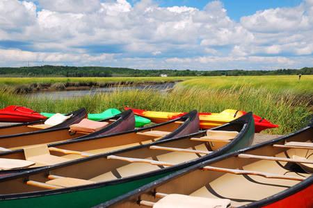 Kano op het meer