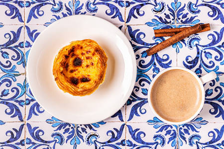 Pastel de nata, traditional Portuguese dessert