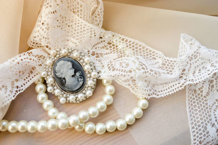 Vintage cameo with pearls