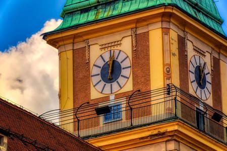 Zegar na wieży katedry św. Jana Chrzciciela