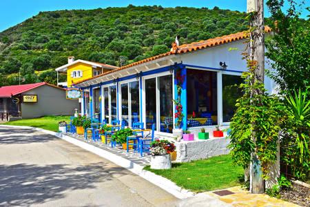 Street cafe sull'isola di Cefalonia