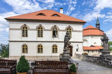 Waldstein Castle