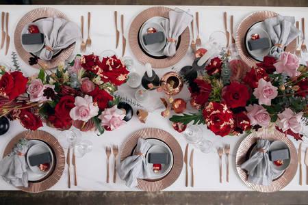 Postavljanje vjenčanog stola