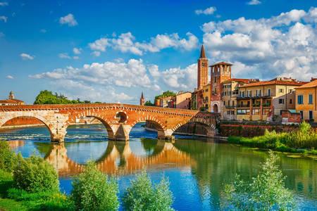 Brücke Ponte Pietra