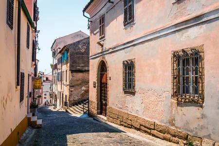 Ulice starověkého Piranu