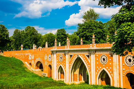 Big bridge over the ravine in Tsaritsyno