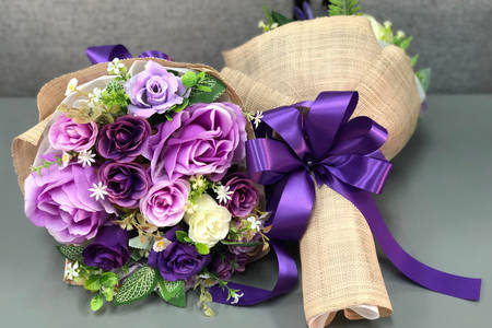 Bouquet with purple roses