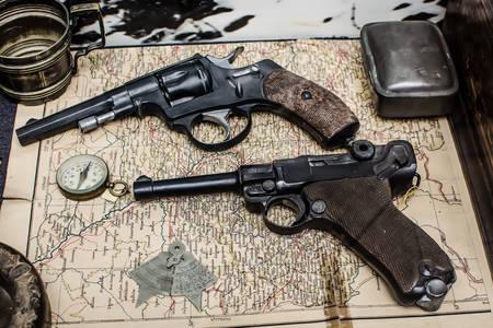 Staré revolvery na mape