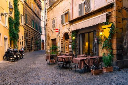 Улица в Рим