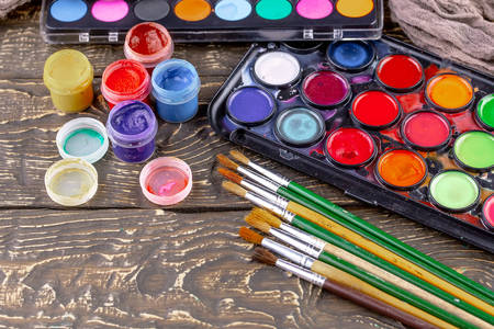 Brushes and paints for painting
