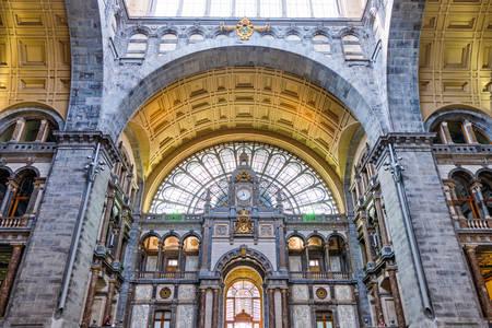 Interiér hlavního nádraží v Antverpách