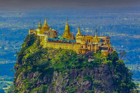 Taung Kalat buddhista kolostor