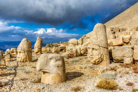 Stone heads on Mount Nemrut-Dag
