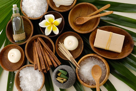 Accessories and ingredients for spa treatments