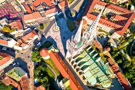 Draufsicht auf den Zagreber Dom
