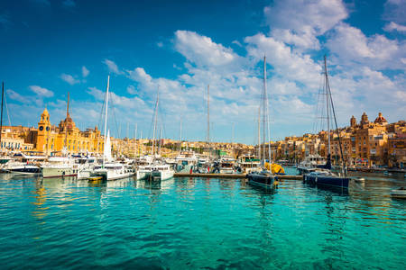 Yachts at the pier in Birgu