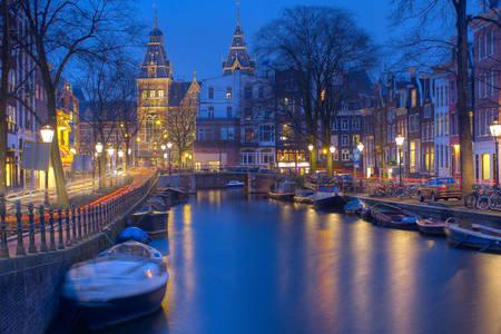 Canale notturno di Amsterdam