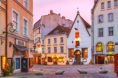 Рассвет на улицах Таллина