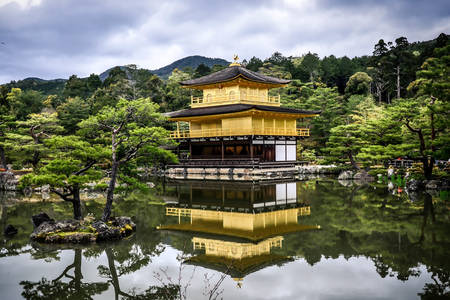 Kinkaku-ji shrine in Kyoto