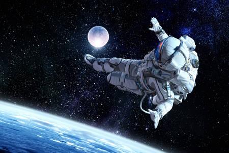 Kosmonaut im Weltraum