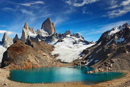 Mount Fitzroy and Lake Laguna de los Tres