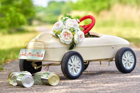 Car with wedding decor