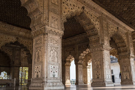 Säulen des Tempels