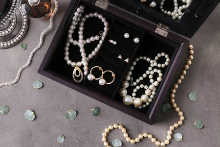 Jewelry with pearls in a box