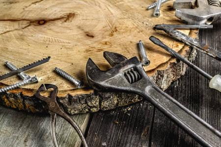 Stari metalni alati