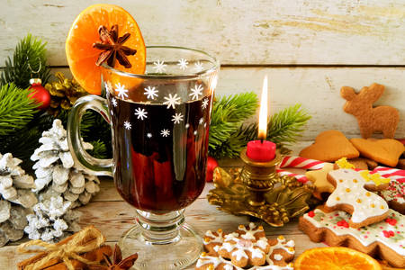 Mulled wine and cookies on the festive table
