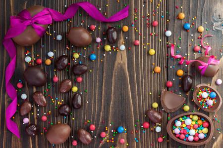 Çikolatalı paskalya yumurtaları
