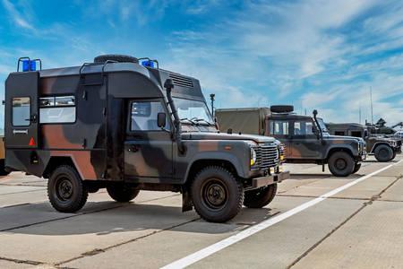 Οχήματα του στρατού