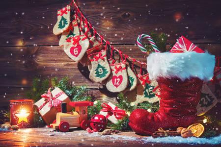 Calendário do Advento e botas do Papai Noel