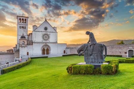 Базилика Святого Франциска в Ассизи