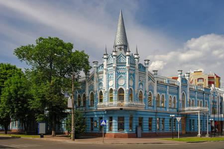 Здание бывшей гостиницы «Славянская» в Черкассах
