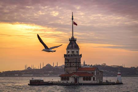 Devojačko toranj u Istanbulu