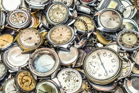 Стар часовник