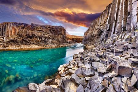 Basalt Canyon Studlagil
