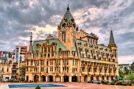 Gebouw op het Europaplein in Batumi