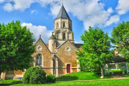 Church of Saint-Martin in Saint-Martin-la-Garenne